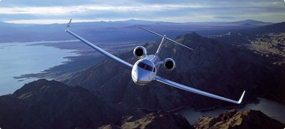 What to Look for When Chartering a Private Jet to an airport
