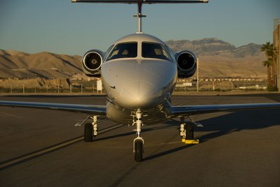 When Flying Your Family to an airport, Consider Private Jets